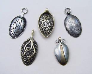 Spoon pendants 2 by Astalo