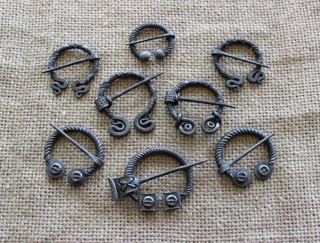 Penannular brooches 4 by Astalo