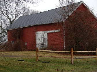 Abandoned Farmhouse 2 by TakingBackSusan