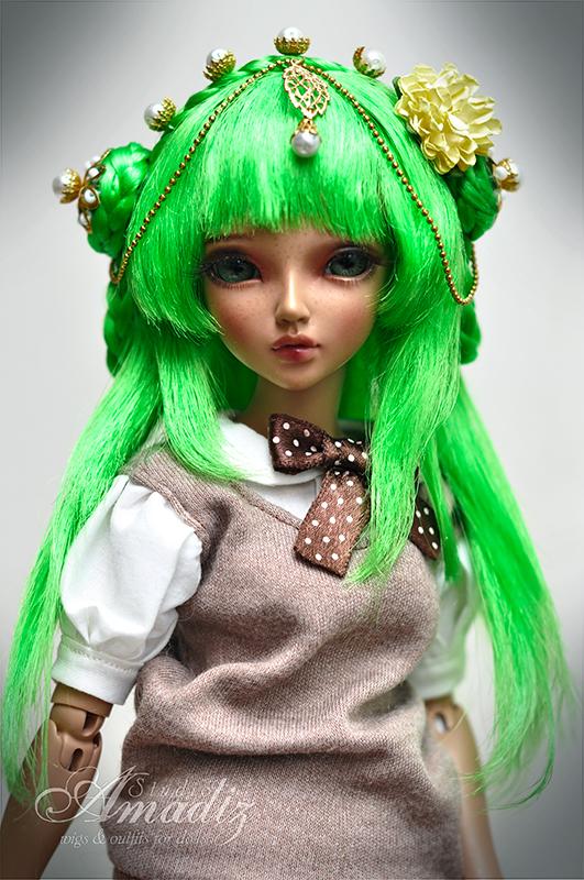 Green Lotus by amadiz