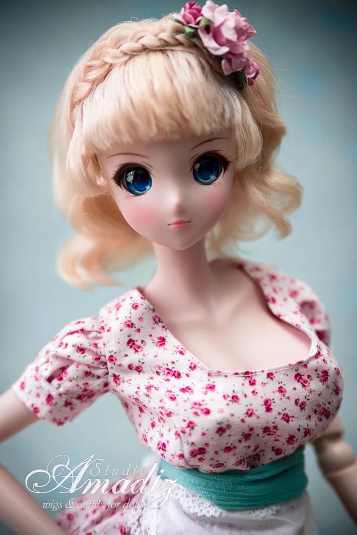 Pin-up blond by amadiz