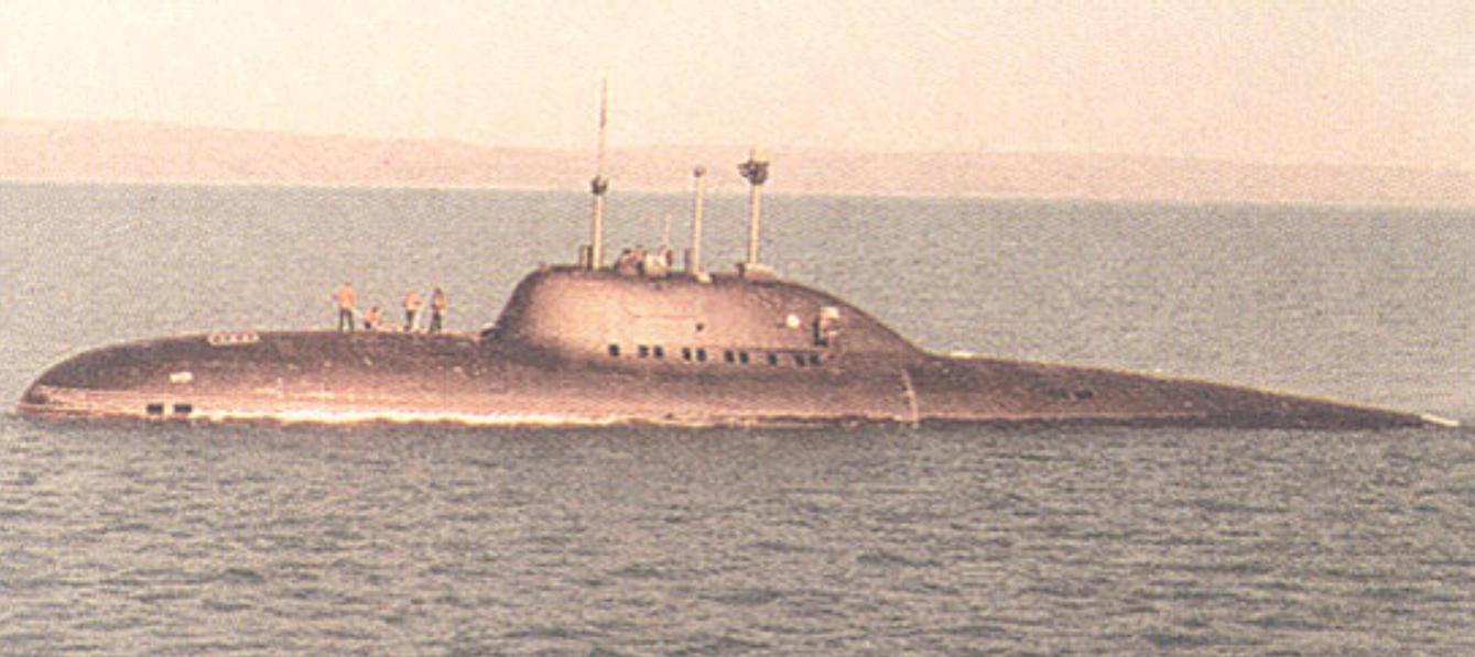"""الغواصات النووية الهجومية..للبحرية السوفييتية .""""الجزء الاول """" Soviet_submarine_alfa_class_by_achmedthedeadteroris"""