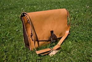 Shoulder bag by Nimpsu