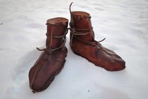 Oseberg shoes by Nimpsu