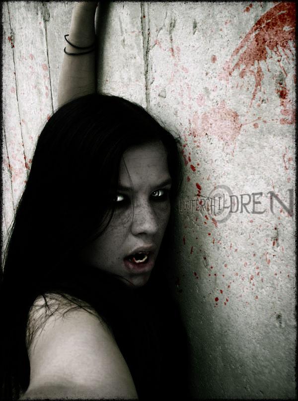 http://fc05.deviantart.net/fs18/f/2007/221/c/f/Vampire_by_LuciferChildren.jpg