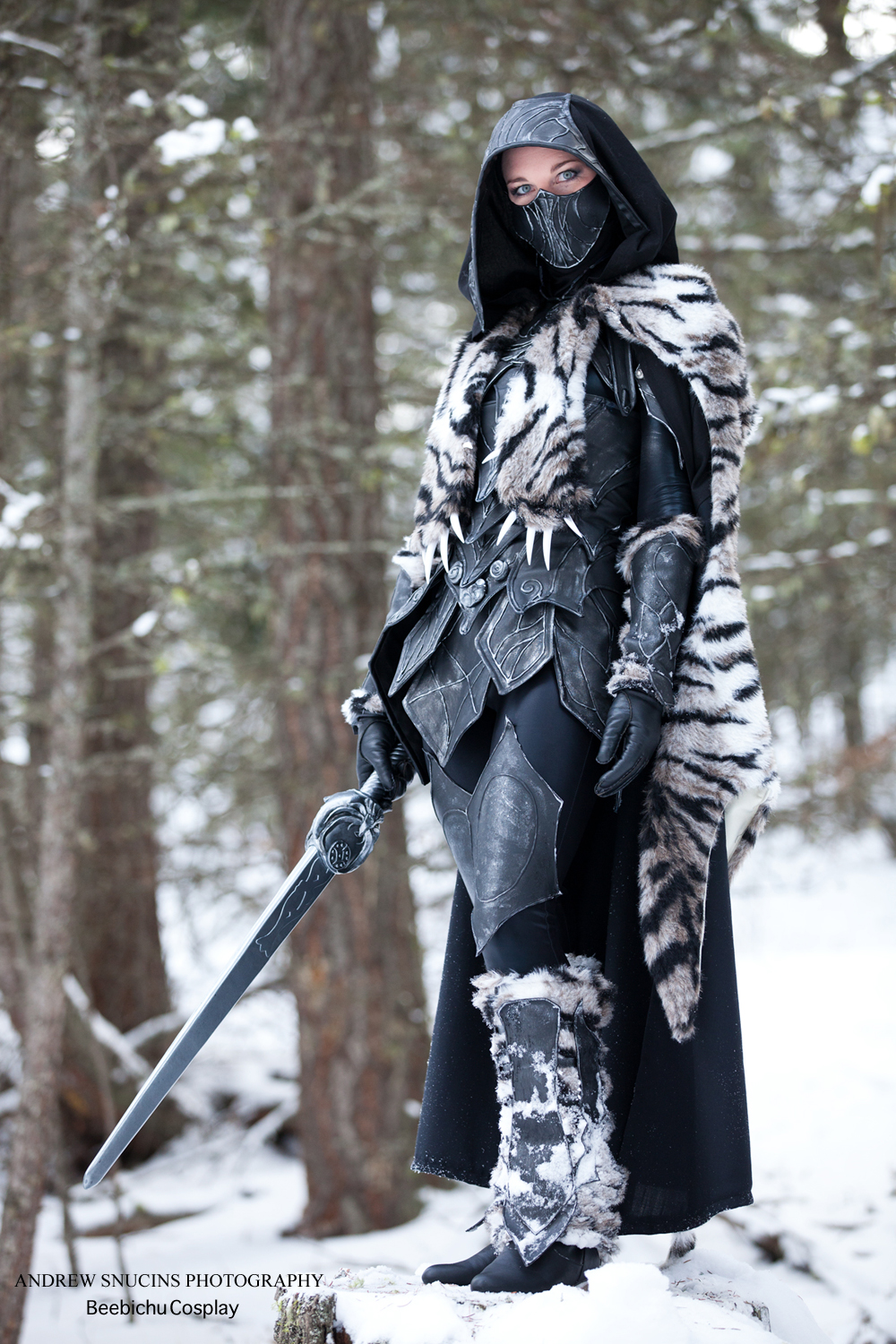 Nightingale Armor with a Sabre Cat Pelt