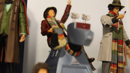 Doctor Who Figures: 4th Doctor and K9 by OttselSpy24