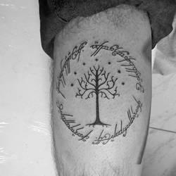 Arvore de Gondor e inscricao do anel