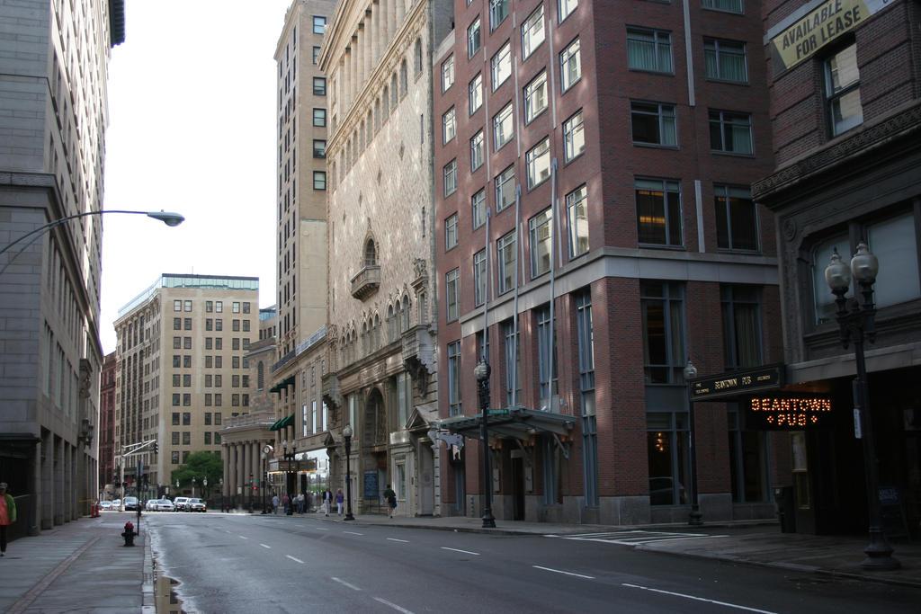 Boston Stock 12