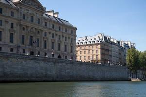 Summer Paris stock 1