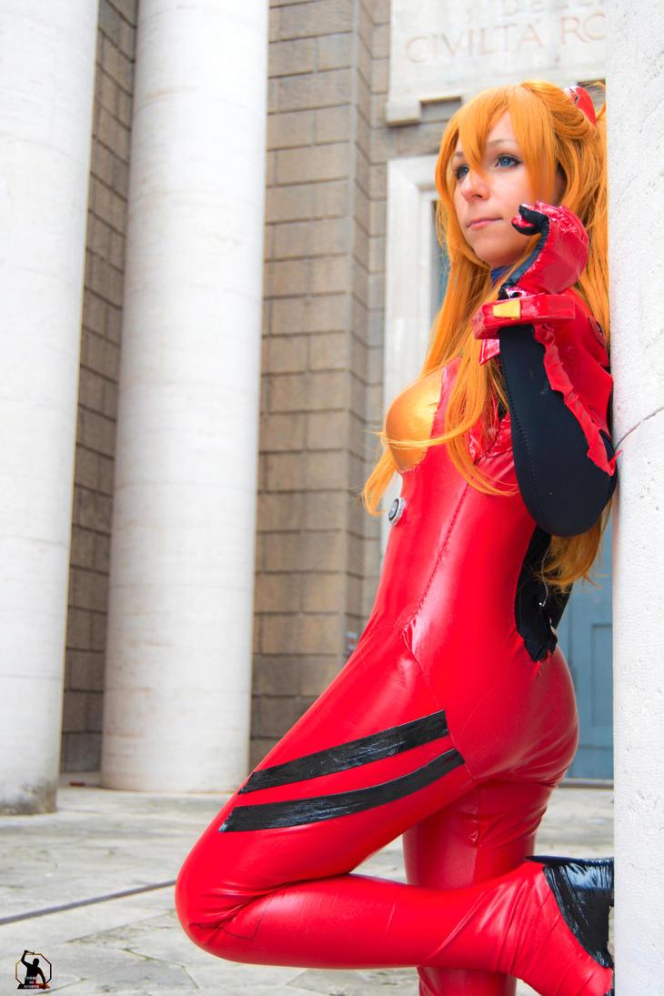 Asuka plugsuit cosplay by HeavenAndSky