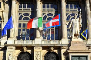 Piazza Castello IX