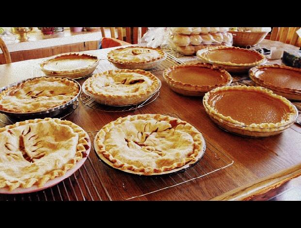 Thanksgiving Baking by tomboykellettlove