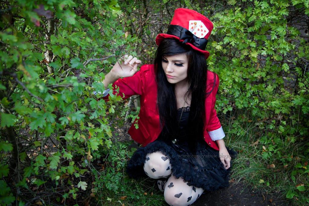 Mad Hatter Alice in Wonderland - Genderbend by CandyAbuse