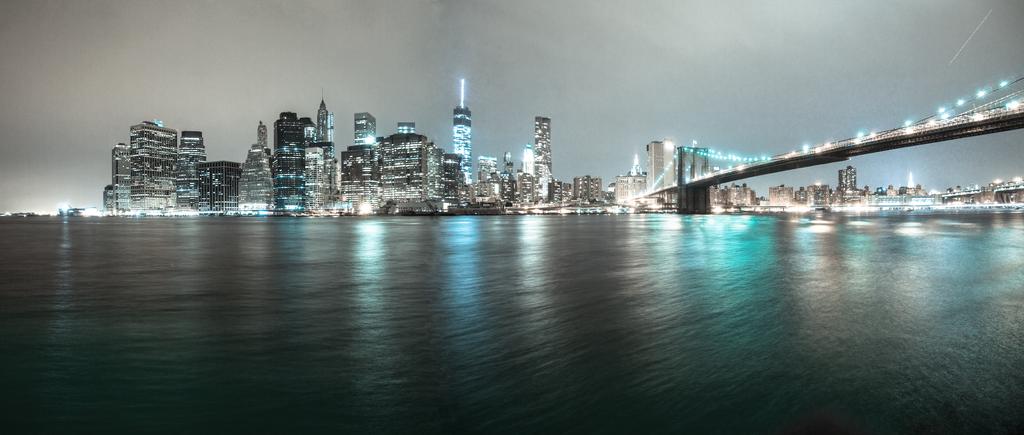 Manhattan Skyline by lalas