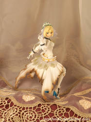 Saber Bride by arachni42