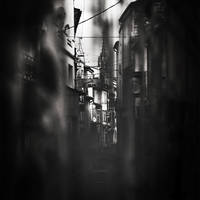 In the eyes of my street by zepiaf