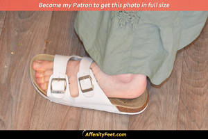 Kitchen Sandal