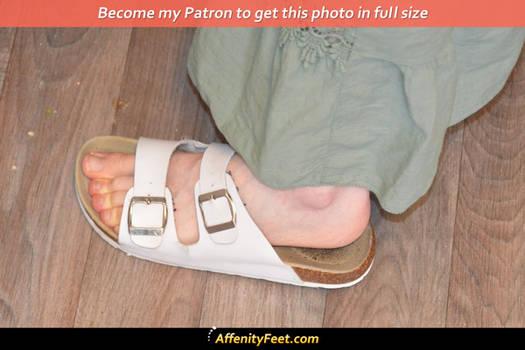 Kitchen Sandal