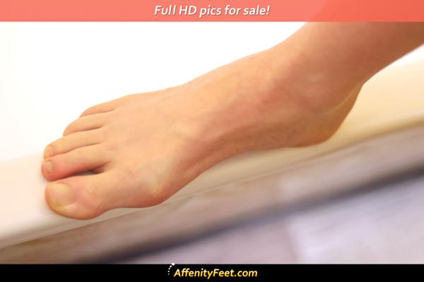 Slim Tub Foot