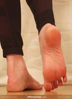 Affenithumb - Yoga Giantess