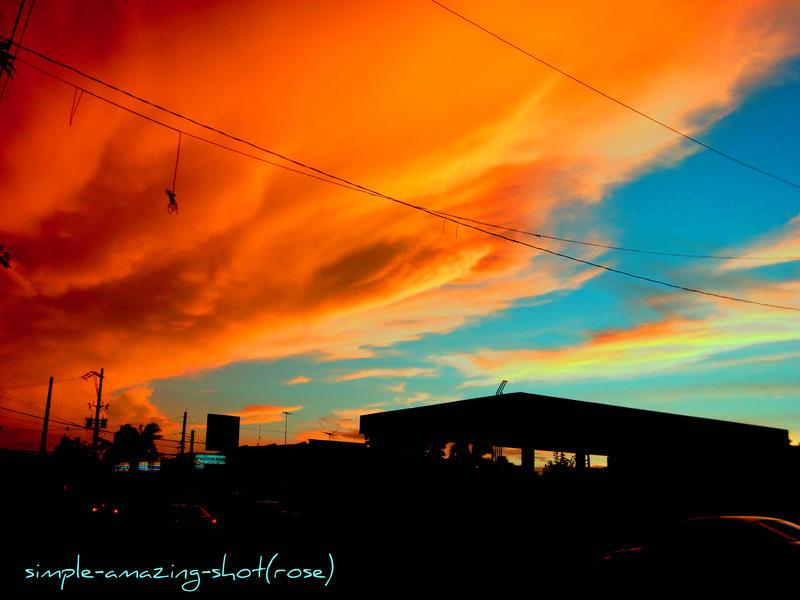 Golden sky by Litratobyberneserose