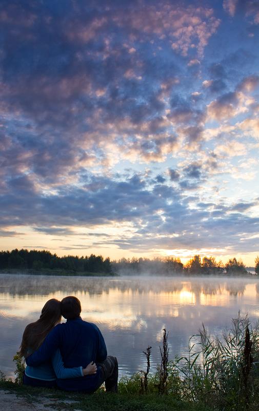 Watching the Sunrise by DeingeL