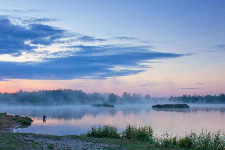 Morning at the Quiet Shore by DeingeL
