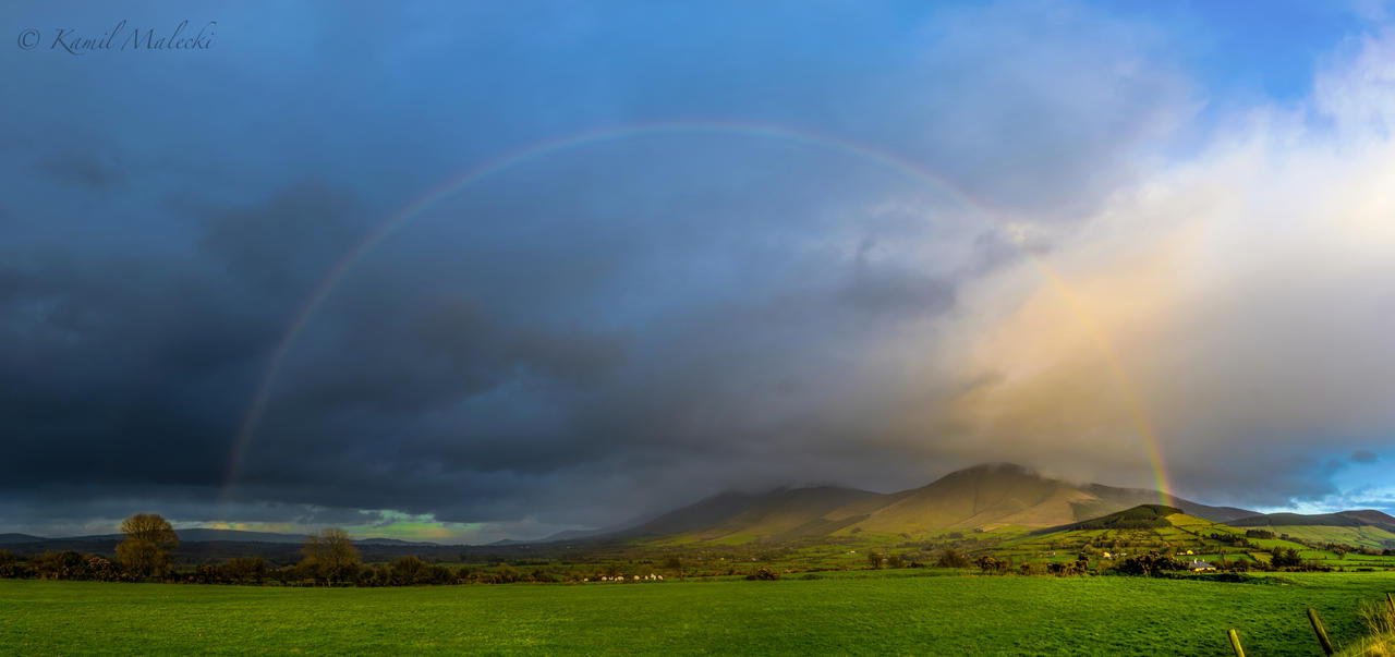 Rainbow over Galty Mountains by Haiburidd0