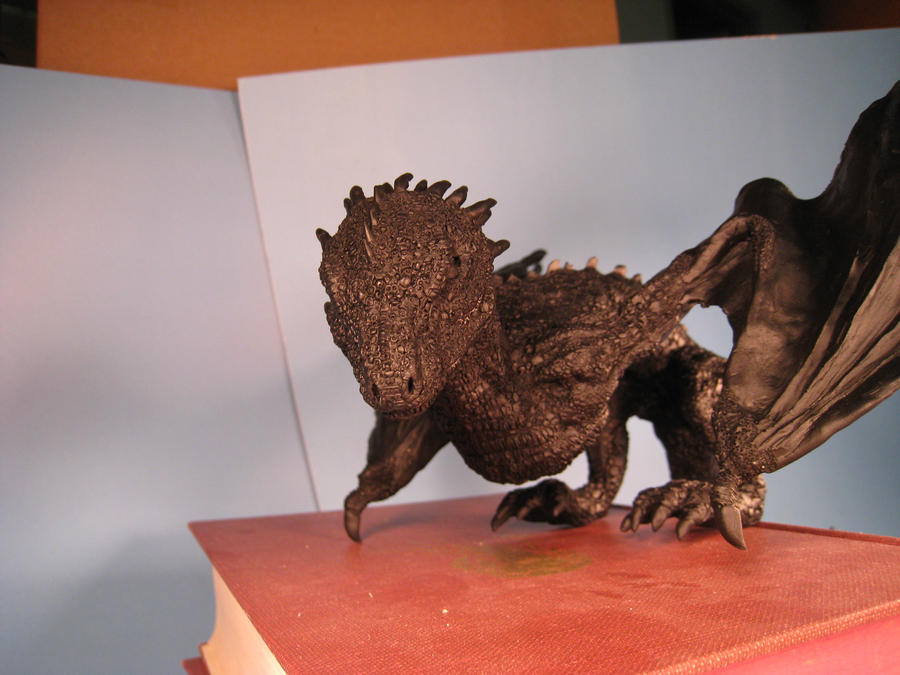 Drogon dragon sculpture primered by RavendarkCreations