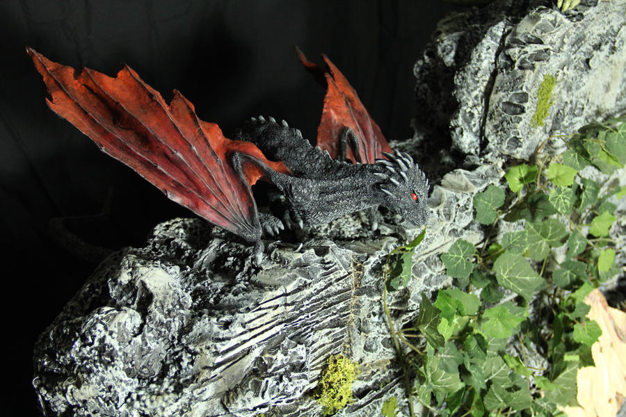 Dragon Hatchlings Resin Kit 1 view 1 Drogon by RavendarkCreations