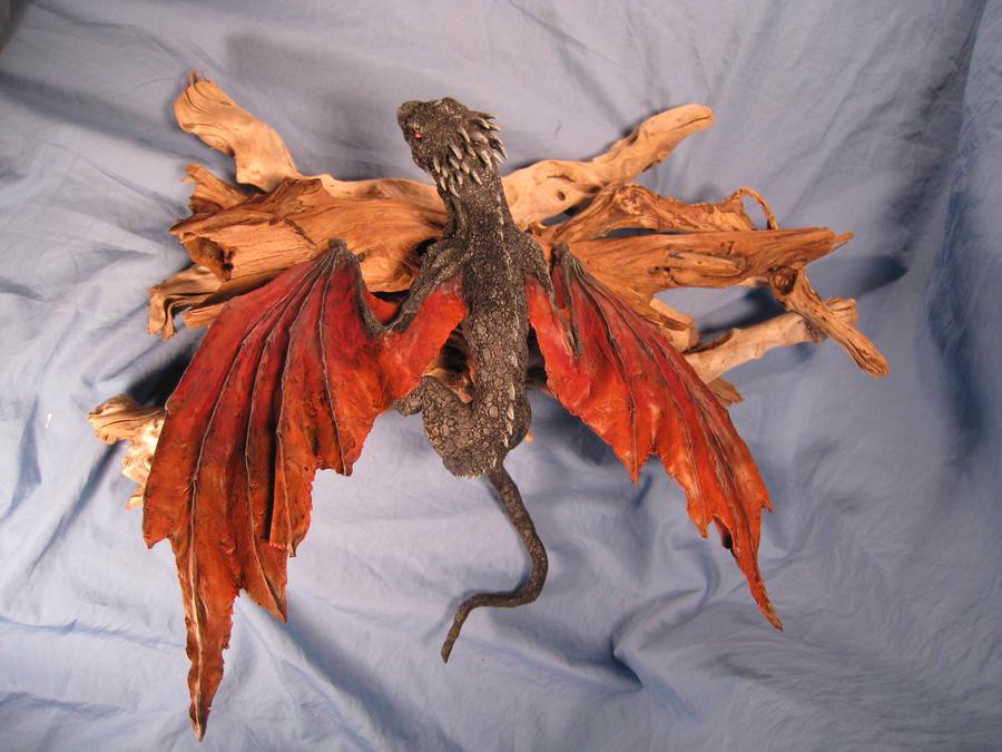 Dragon Hatchlings Resin Kit 1 view 3 Drogon by RavendarkCreations