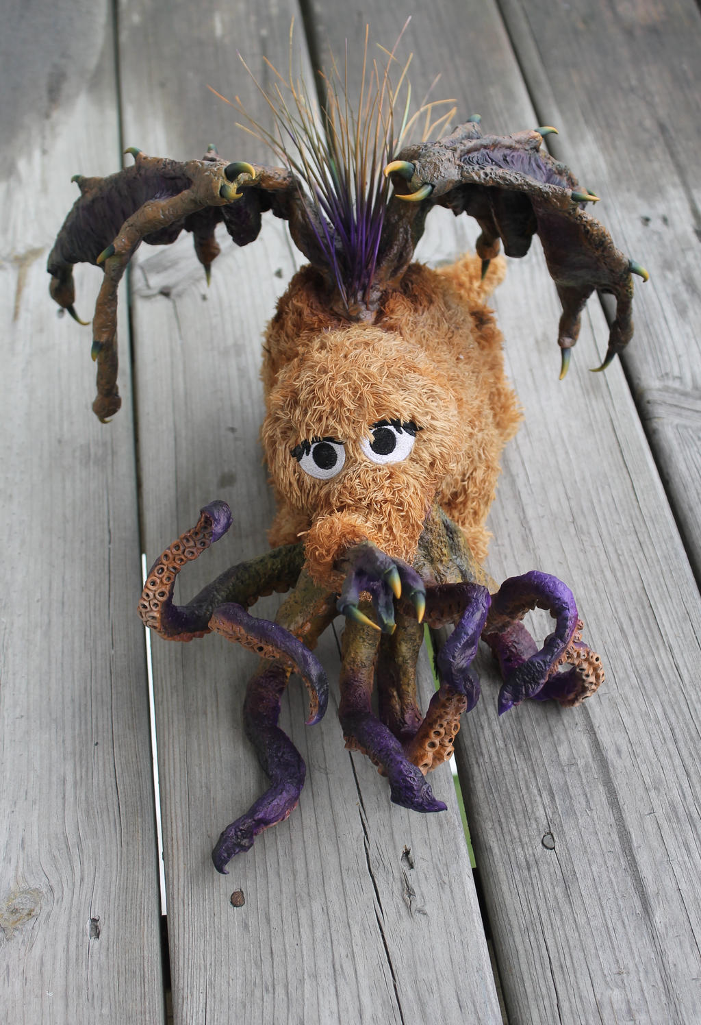 Snuffythulhu with Natural lighting by RavendarkCreations