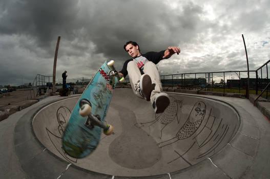 Tim B, Fingerflip to tail