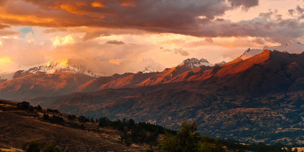 The Peruvian Andes by Niv24
