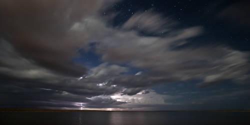 Lightning over the Ponds by Niv24