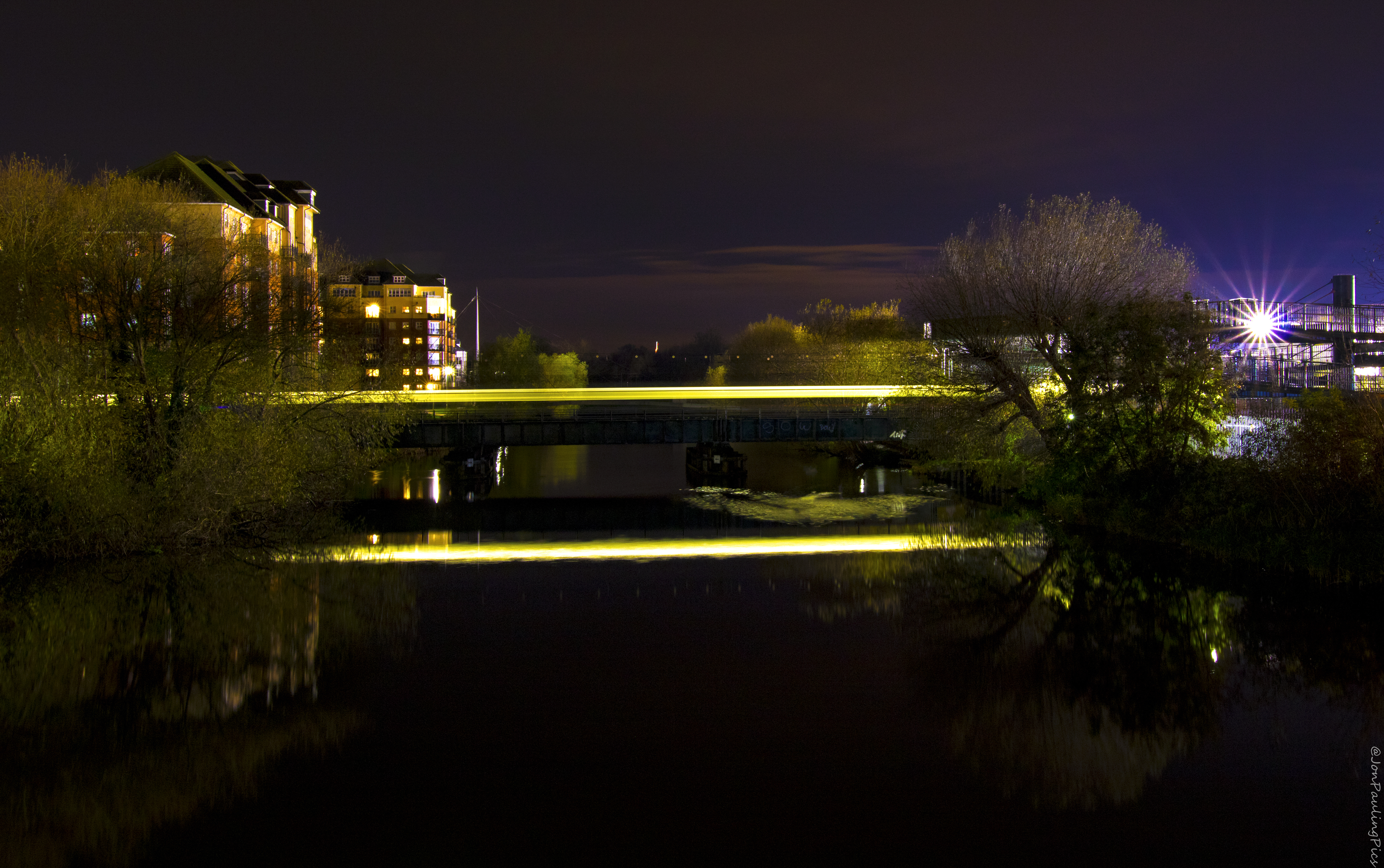 Bedford by Night (3) by Mincingyoda