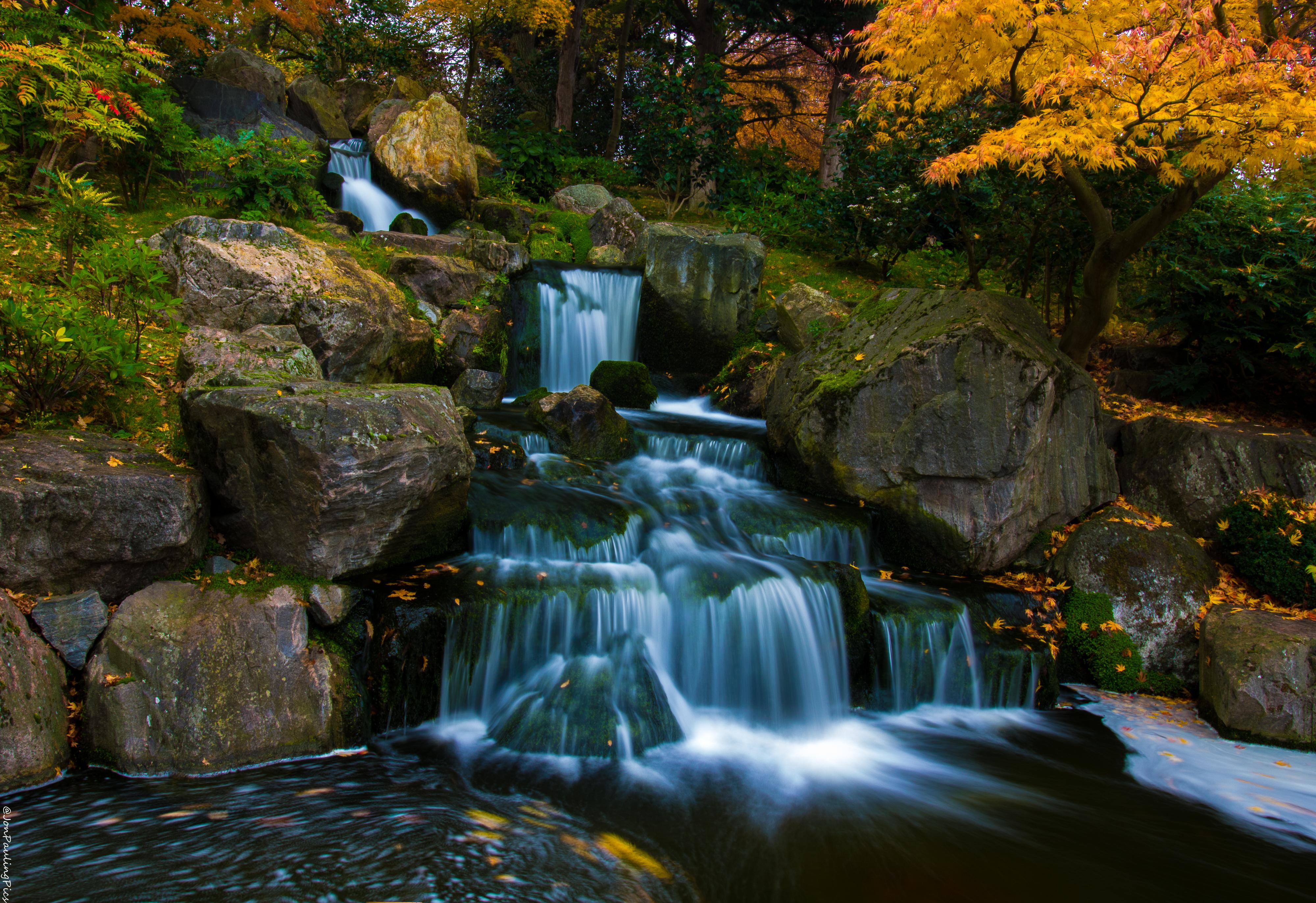 Kyoto Falls (1) by Mincingyoda