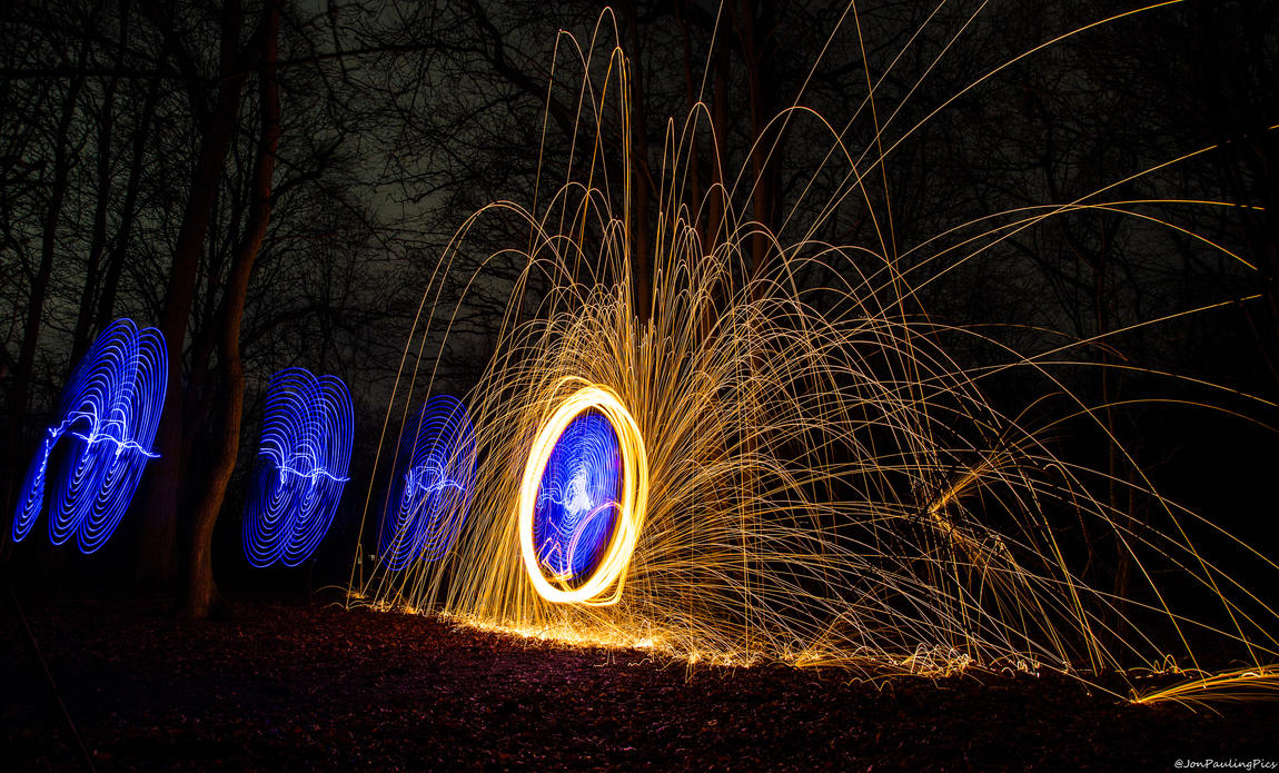 Wirewool Spinning (1) by Mincingyoda