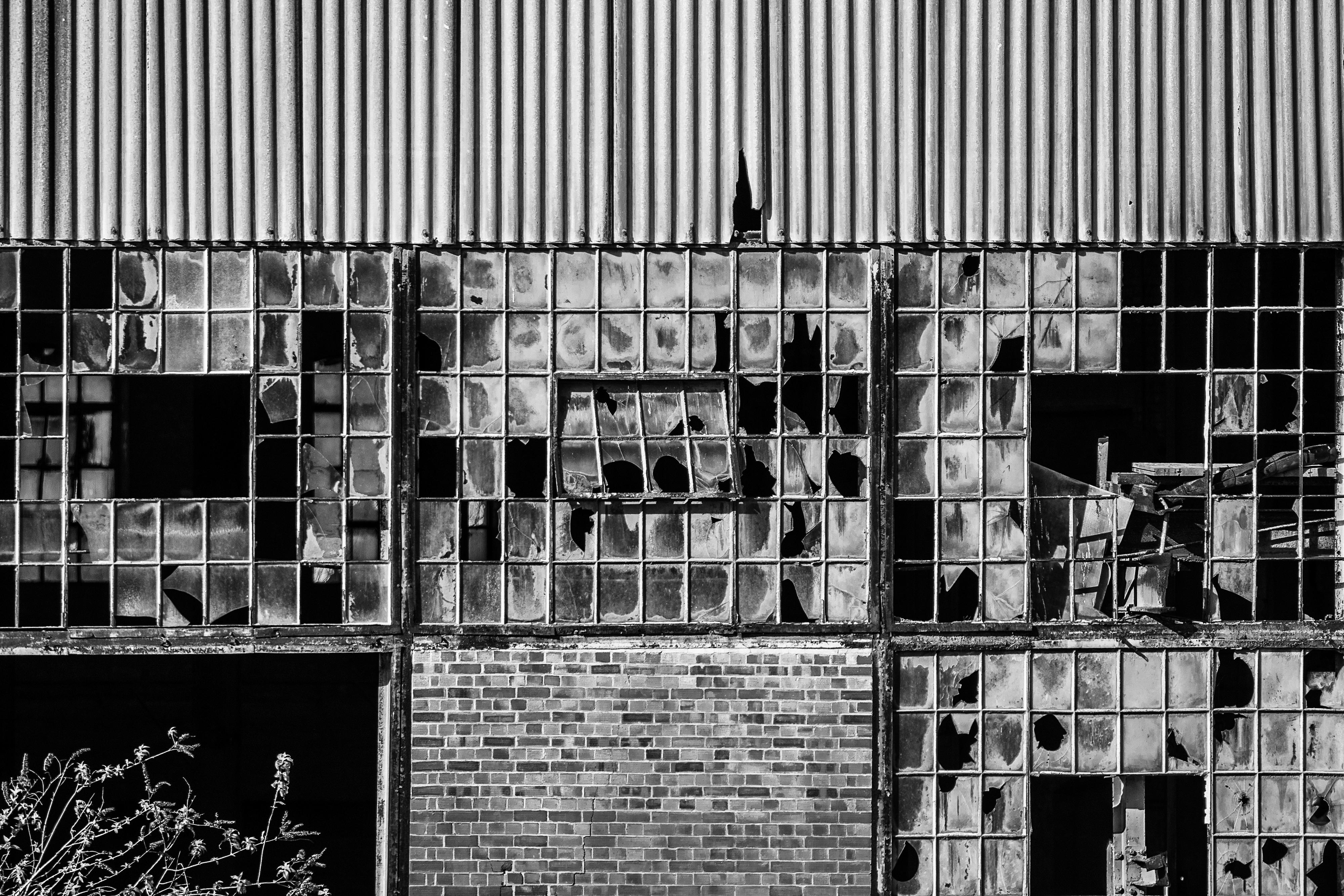 Stewartby Ruins! by Mincingyoda