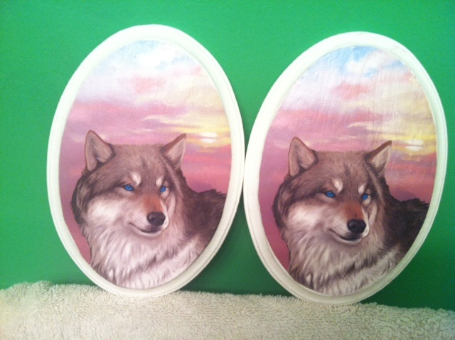 Wolf Plaques by NatsumeWolf