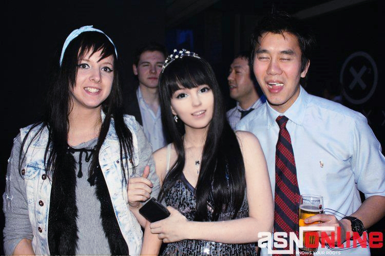 Visited Europe and see this Asian Party ! by Hoshisai