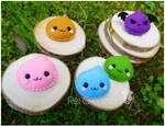Felt pins: Poring family from Ragnarok Online by ReiCreazioni