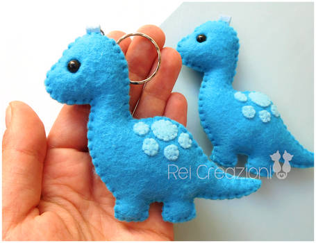 Felt dinosaur brachiosaurus keychains