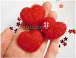 Needle felted hearts magnets by ReiCreazioni