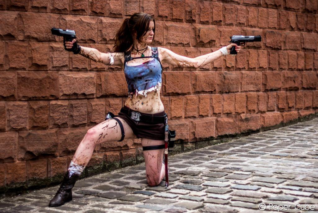 Lara Croft - Tomb Raider by Paper-Cube