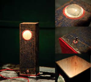 Cyclope lamp