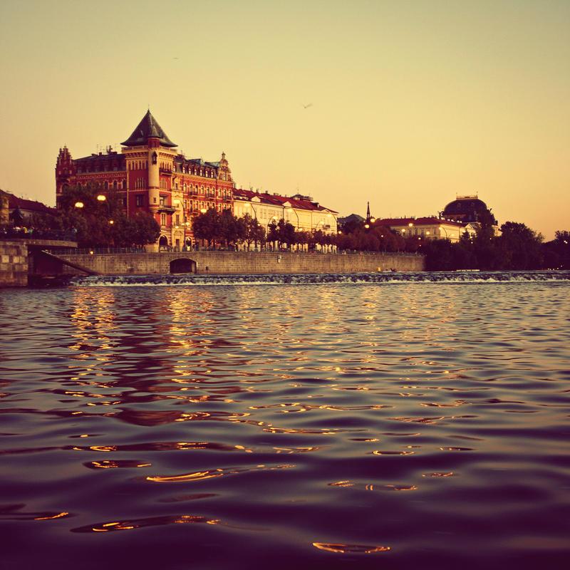 Goodnight, Prague. by cichutko
