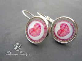 Earrings with hearts by Divenadesign