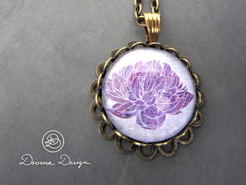 Romantic flower pendant necklace by Divenadesign